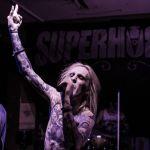 04-Superhorror (02)