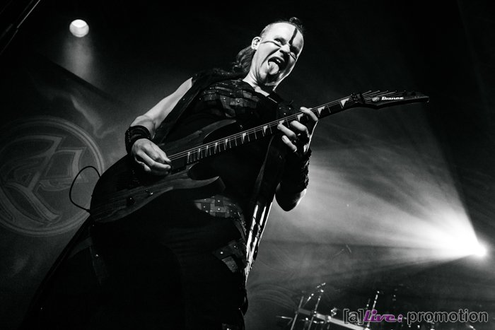 01-Ensiferum (16)