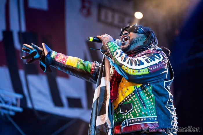 2018-08-08_OpenFlair_06_Skindred_13