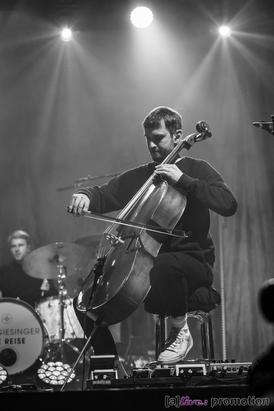 Max Giesinger Zusatzkonzert - Back on Stage
