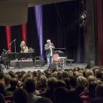 """Konstantin Wecker \""""Poesie und Musik mit Cello und Klavier. 03.03.2018. Alte Oper (Erfurt). Fotografien: Johannes Piehler. Im Bild: Konstantin Wecker, Fany Kammerlander - Cello & Gesang"""