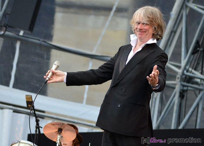 Helge Schneider24